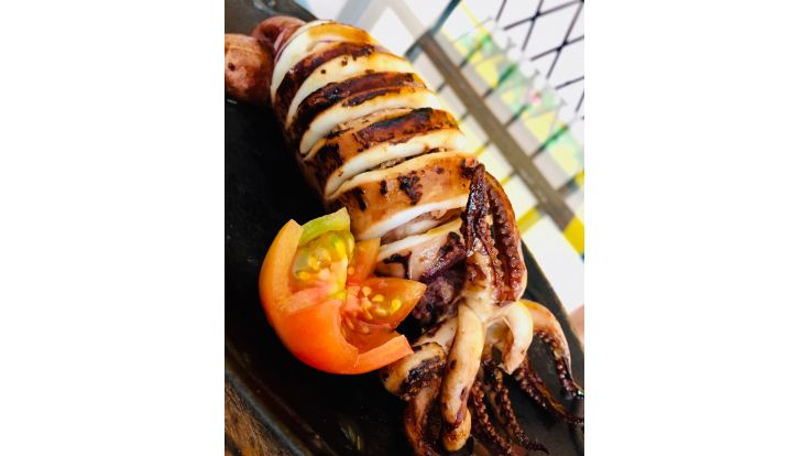 Grilled Stuffed Pusit image